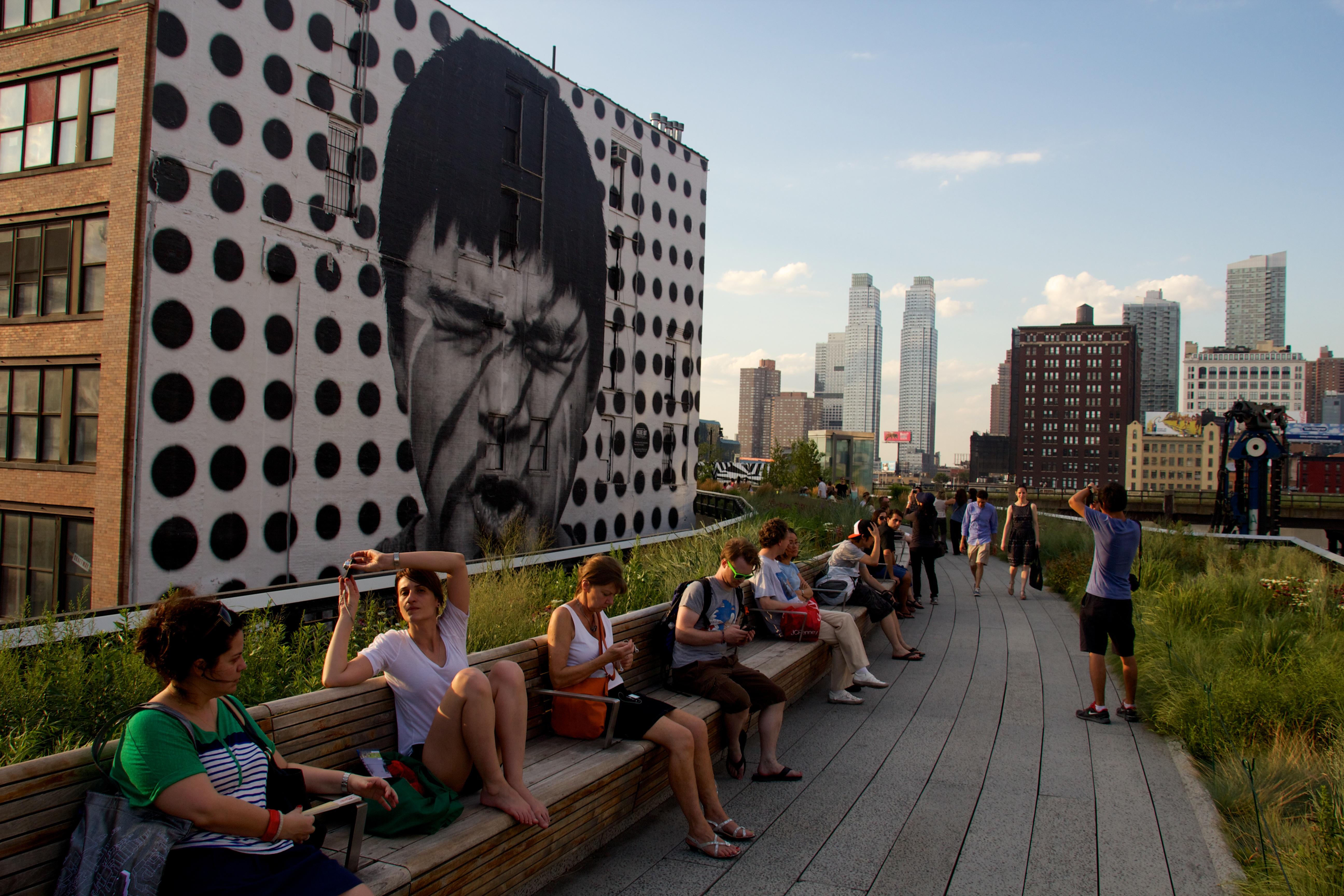 High_Line,_New_York_2012_07